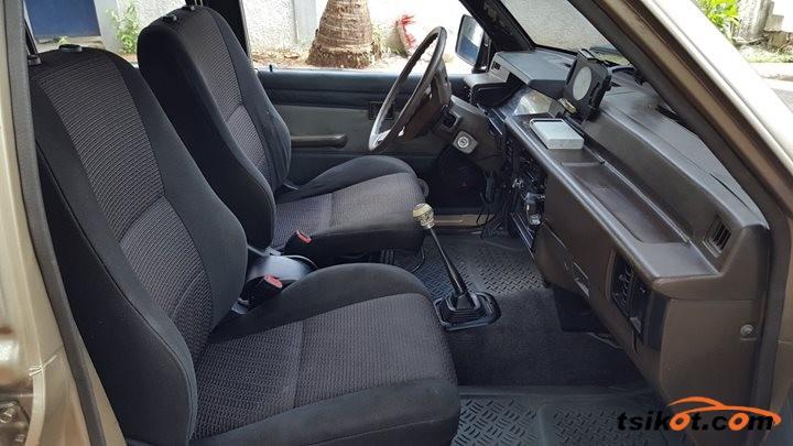 Mitsubishi L 200 1996 - 3