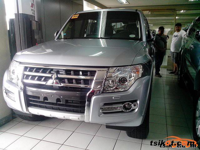 Mitsubishi Pajero 2015 - 3