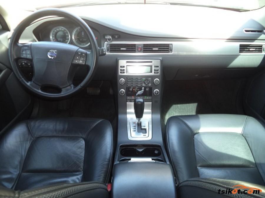 Volvo Xc70 2010 - 2