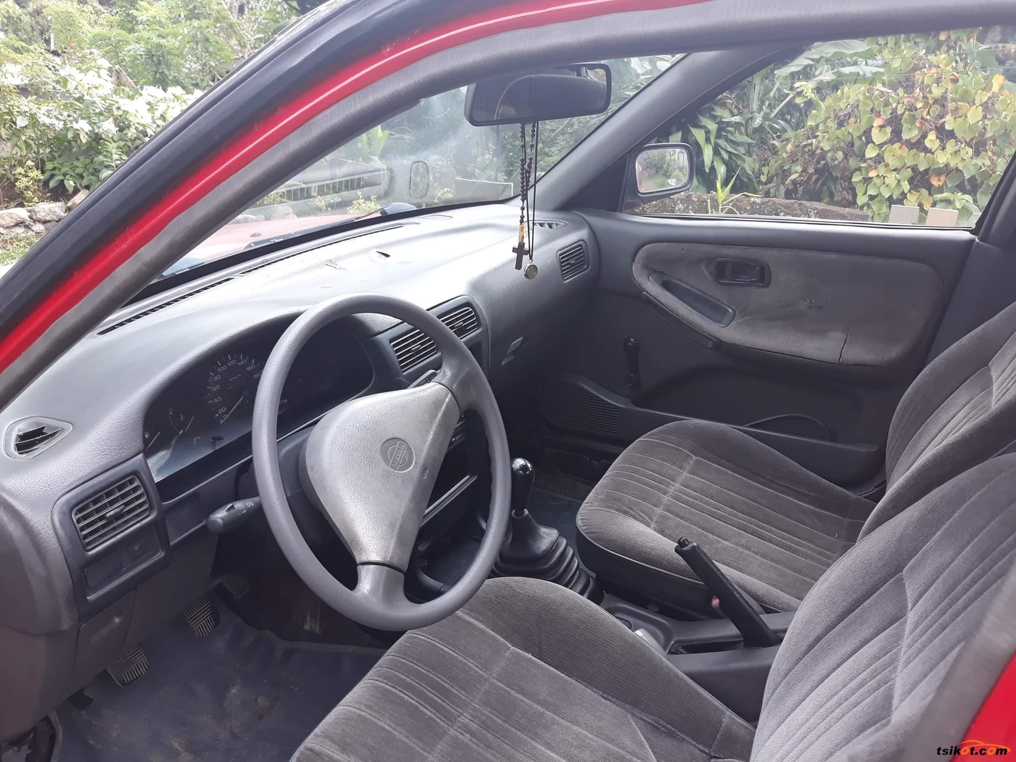 Nissan Sentra 1993 - 3