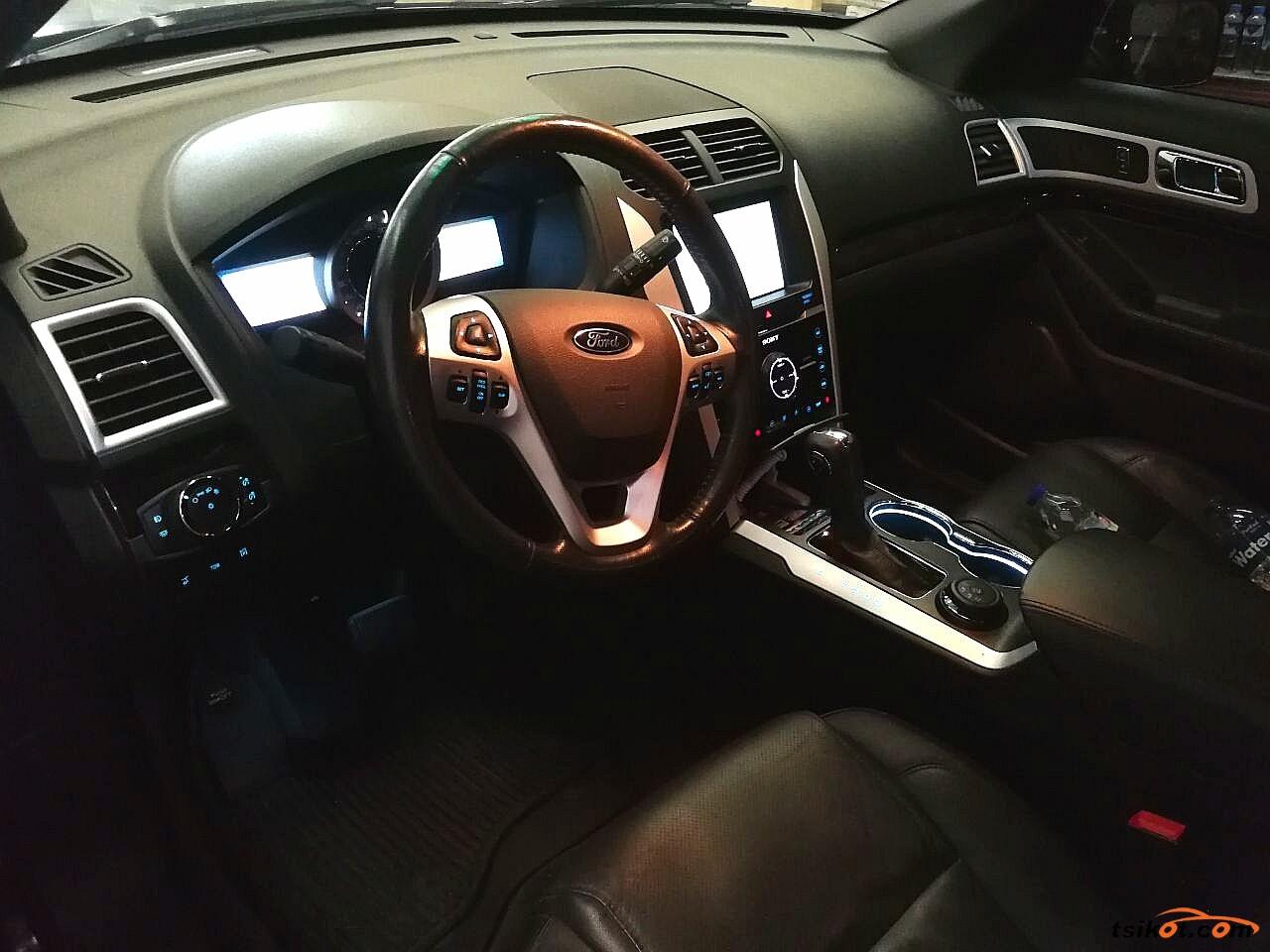 Ford Explorer 2014 - 7