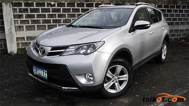 Toyota Rav4 2015 - 1