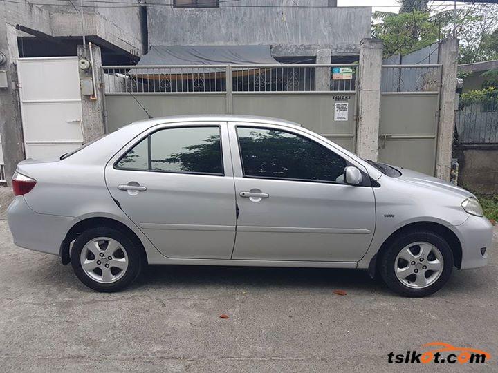 Toyota Vios 2004 - 3