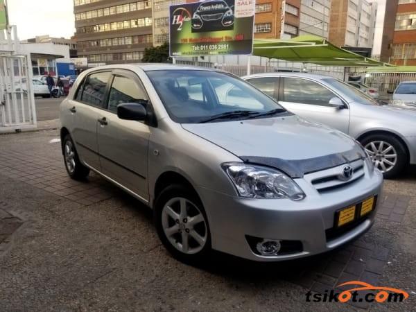 Toyota Runx 2014 - 3
