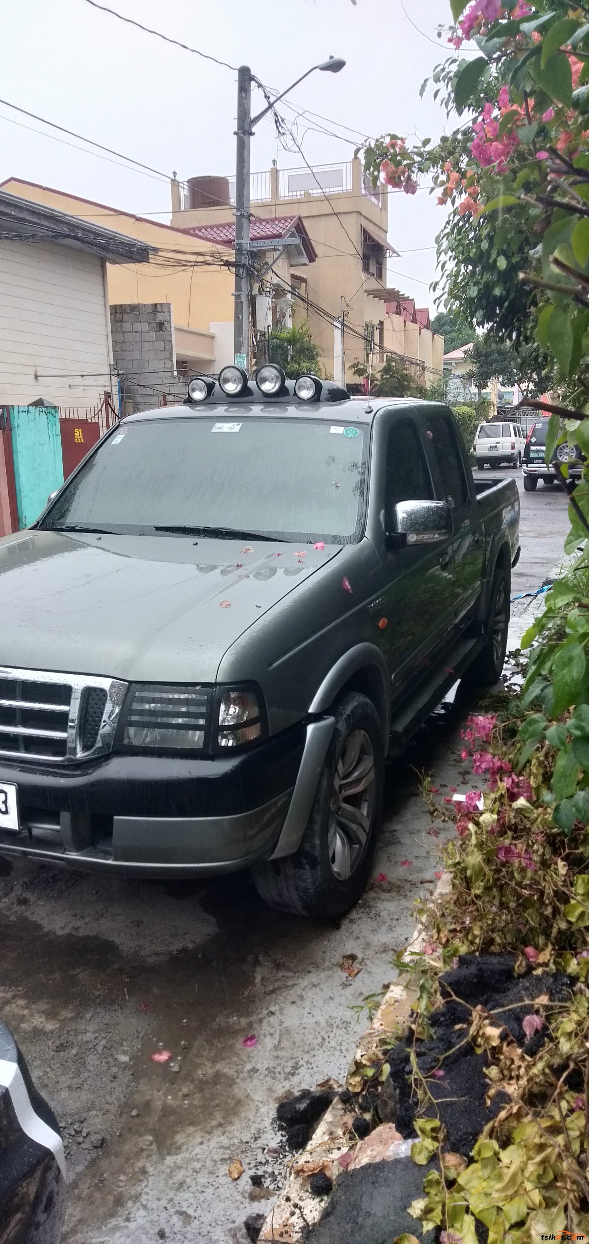 Ford Trekker 2003 - 2