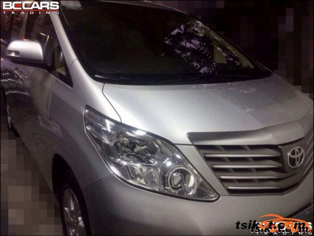 Toyota Alphard 2011 - 1