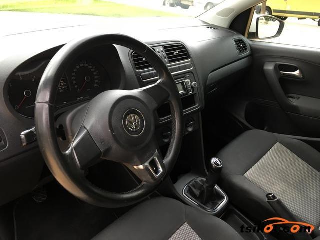 Volkswagen Polo 2010 - 4