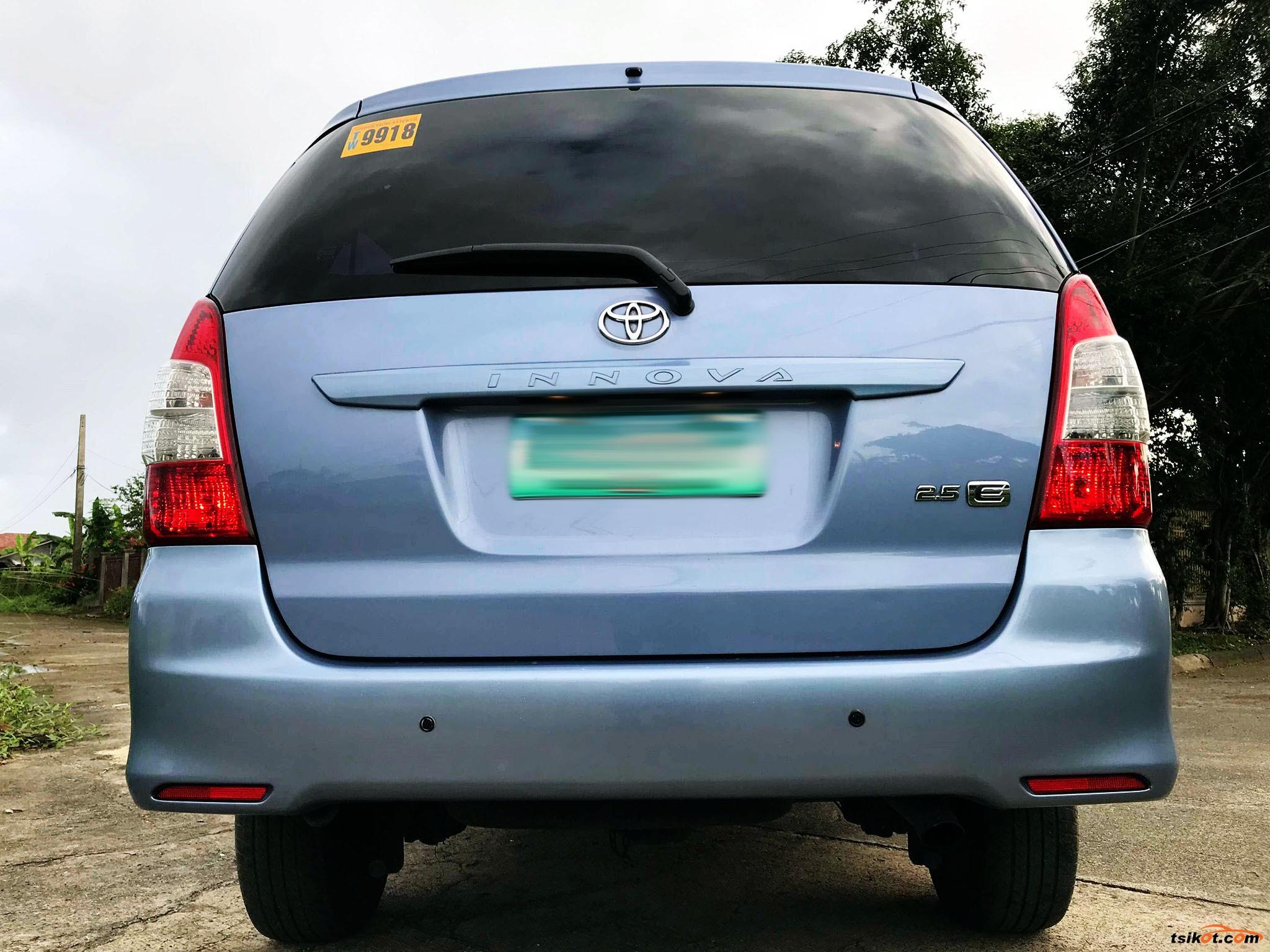 Toyota Innova 2014 - 9