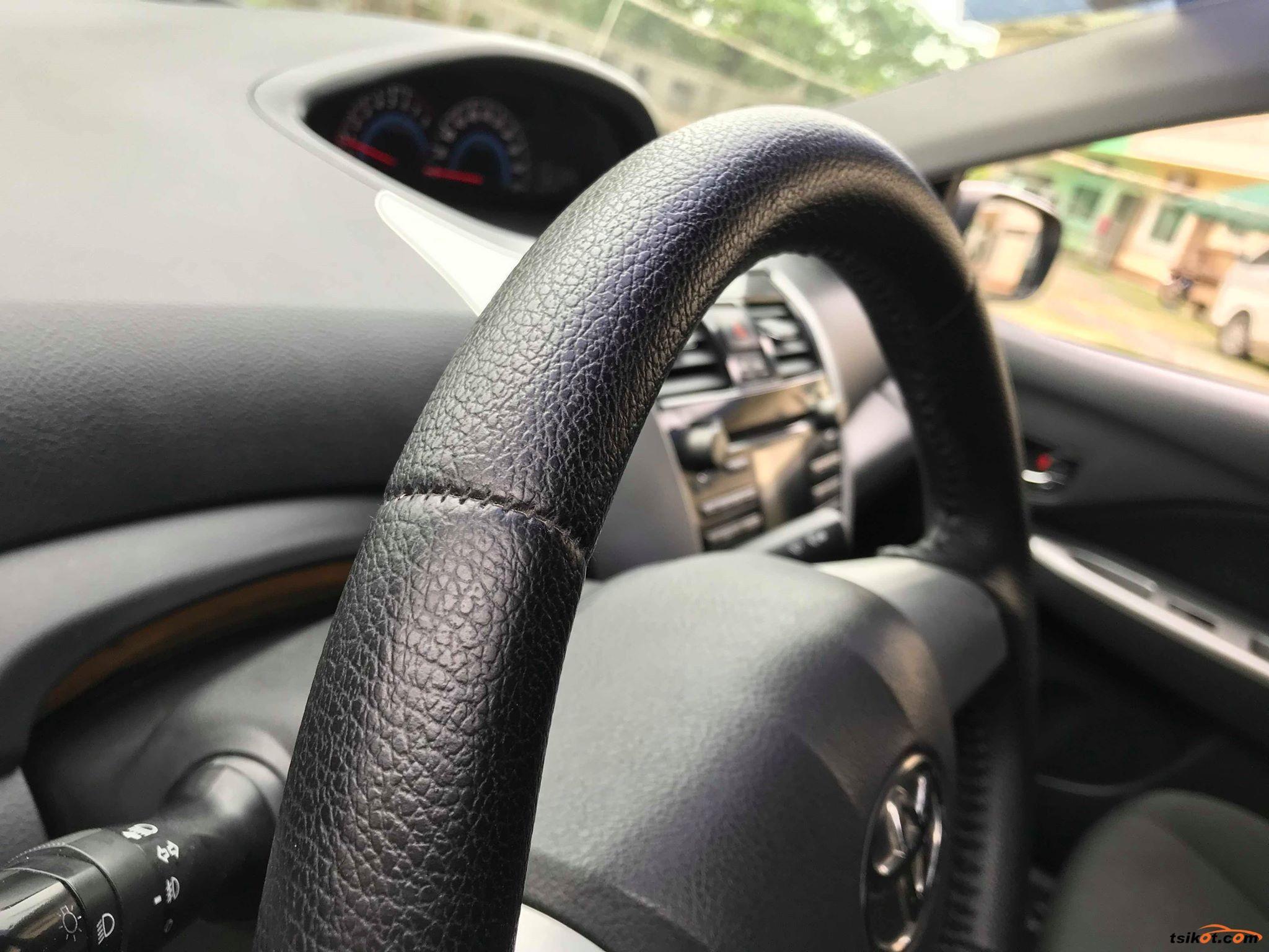 Toyota Vios 2012 - 9