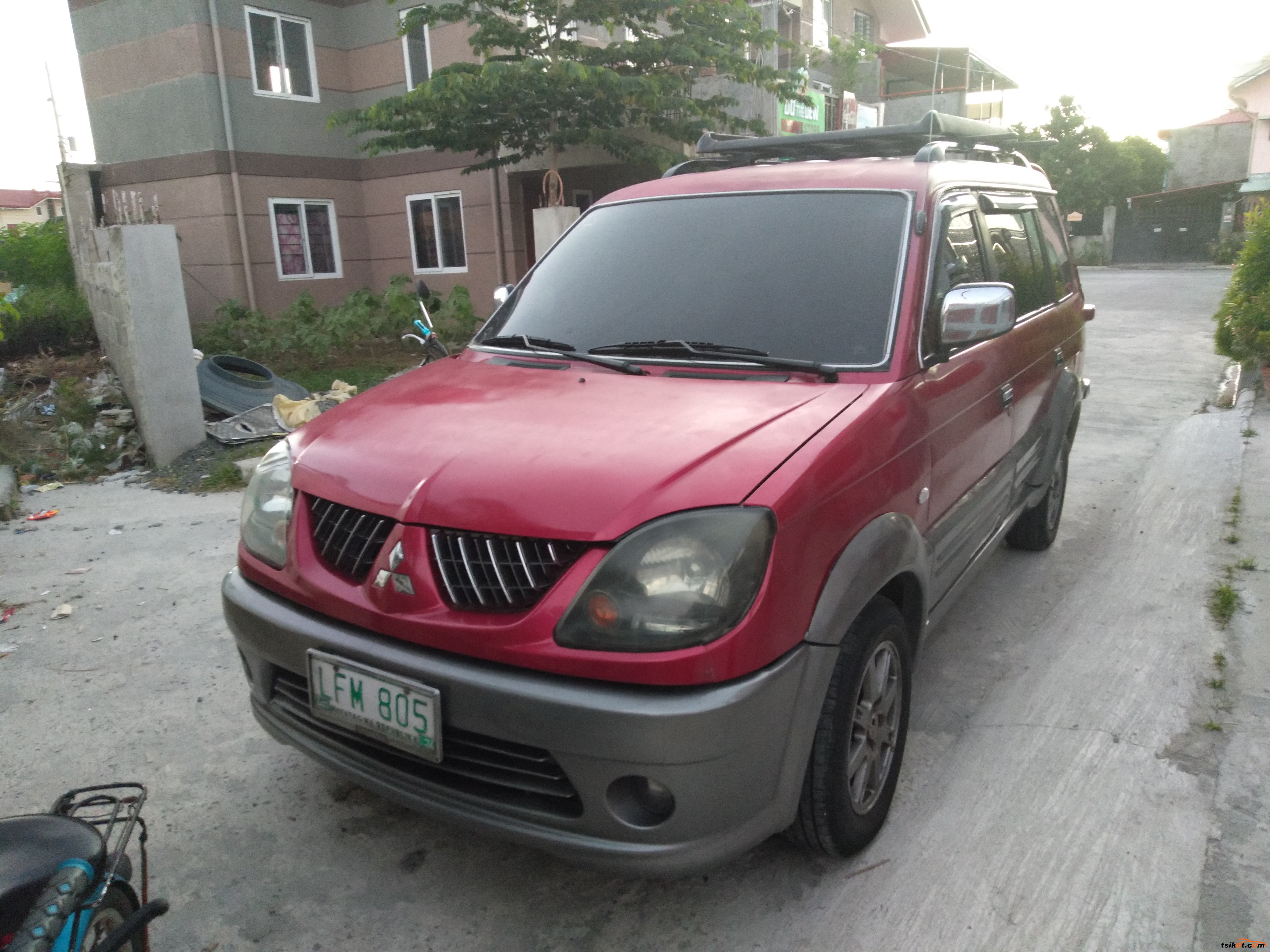 Mitsubishi Adventure 2005 - 1