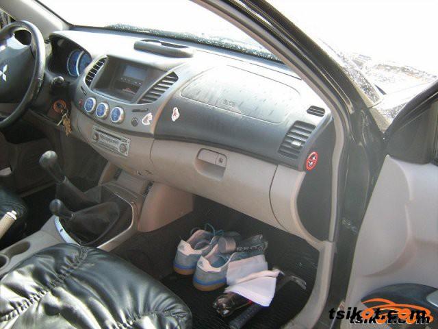 Mitsubishi L 200 2006 - 3