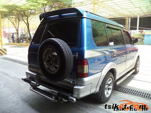Chevrolet Adventure 2000 - 1