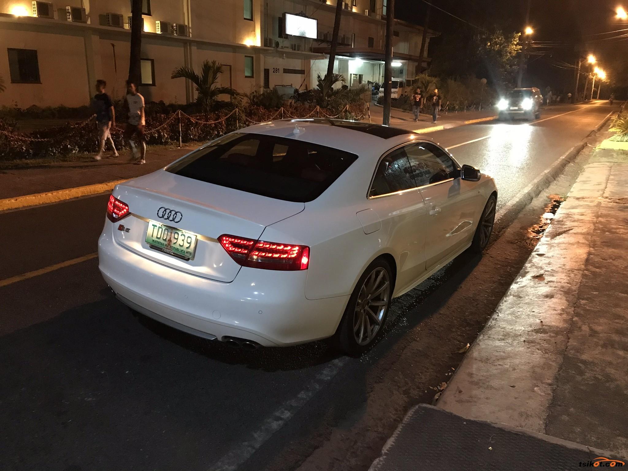 Audi S5 2012 - 2