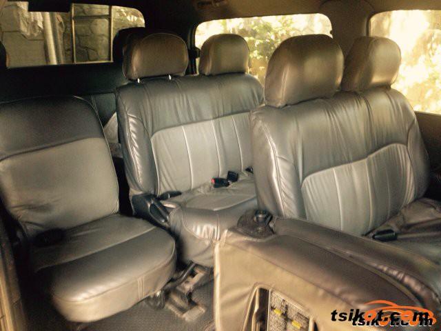 Hyundai Starex 2000 - 1