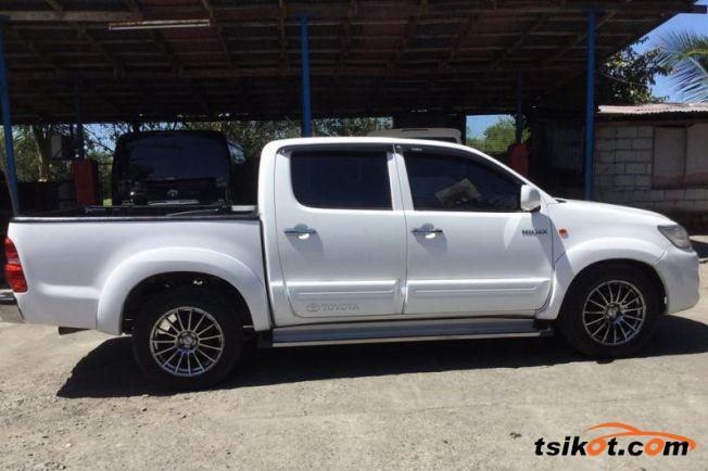 Toyota Hilux 2014 - 5