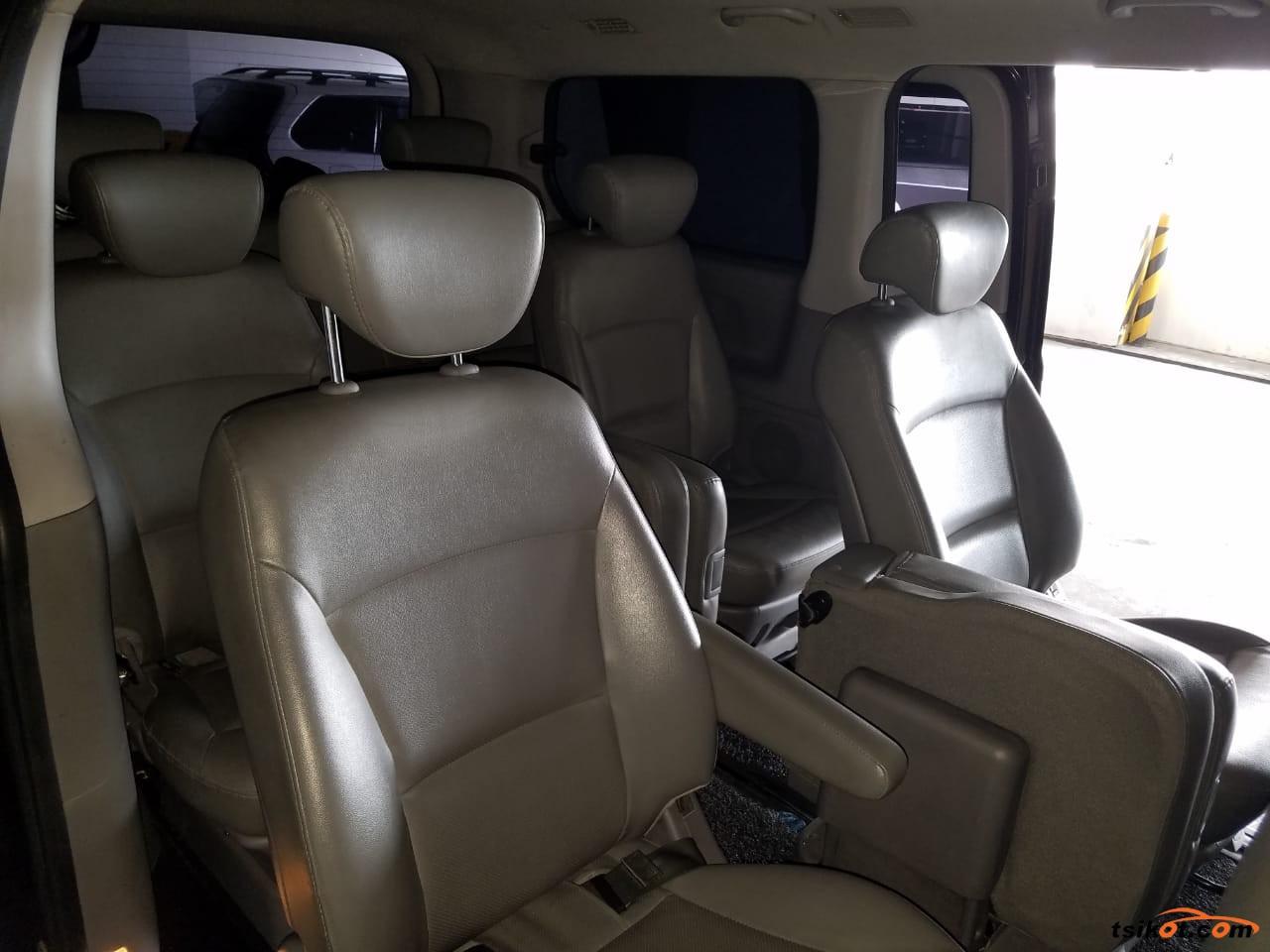 Hyundai Starex 2014 - 4