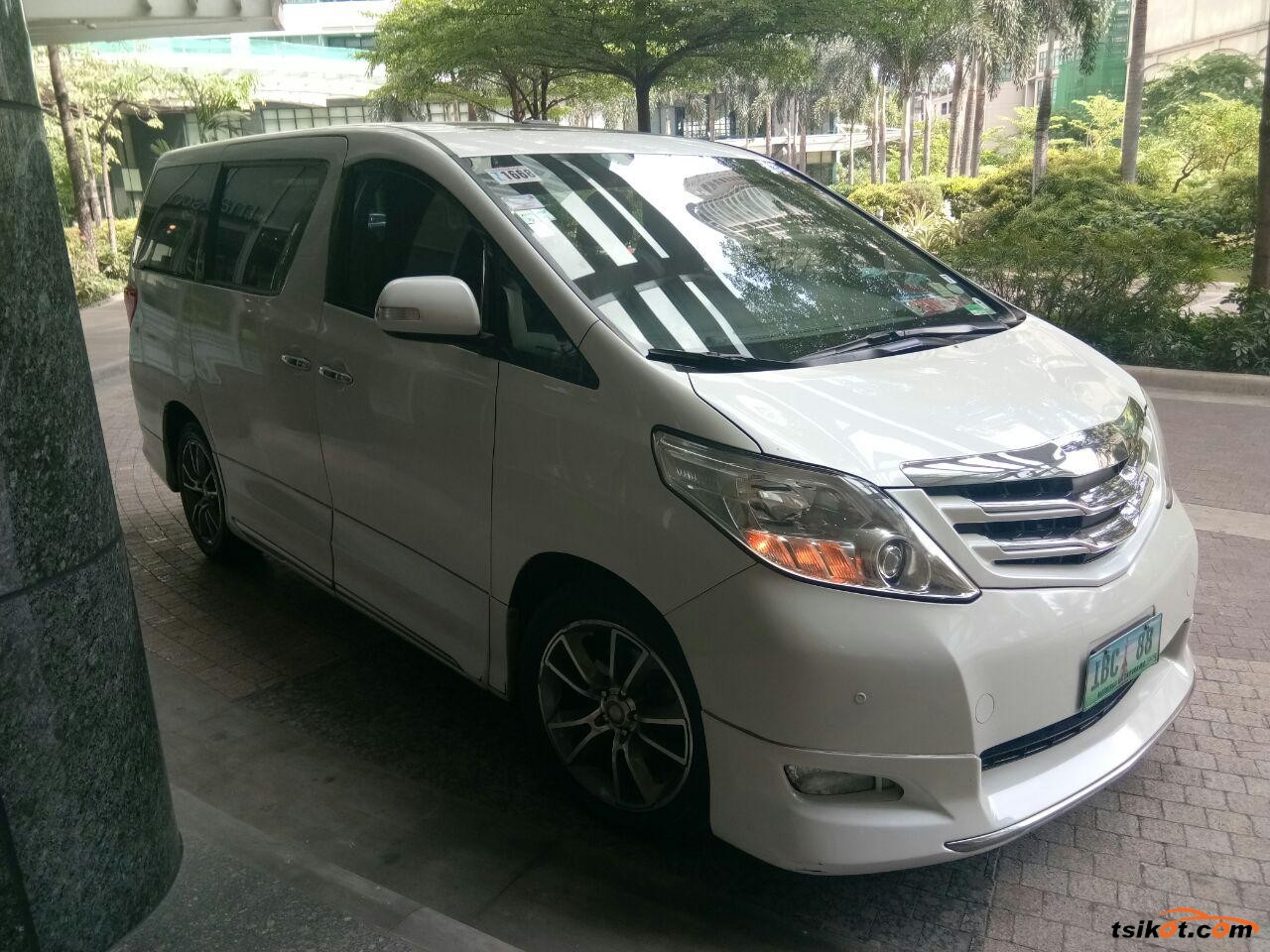 Toyota Alphard 2012 - 1