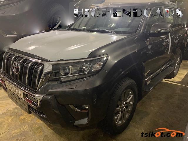 Toyota Land Cruiser Prado 2018 - 3