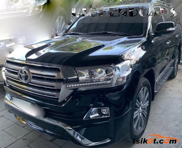 Toyota Land Cruiser 2017 - 3