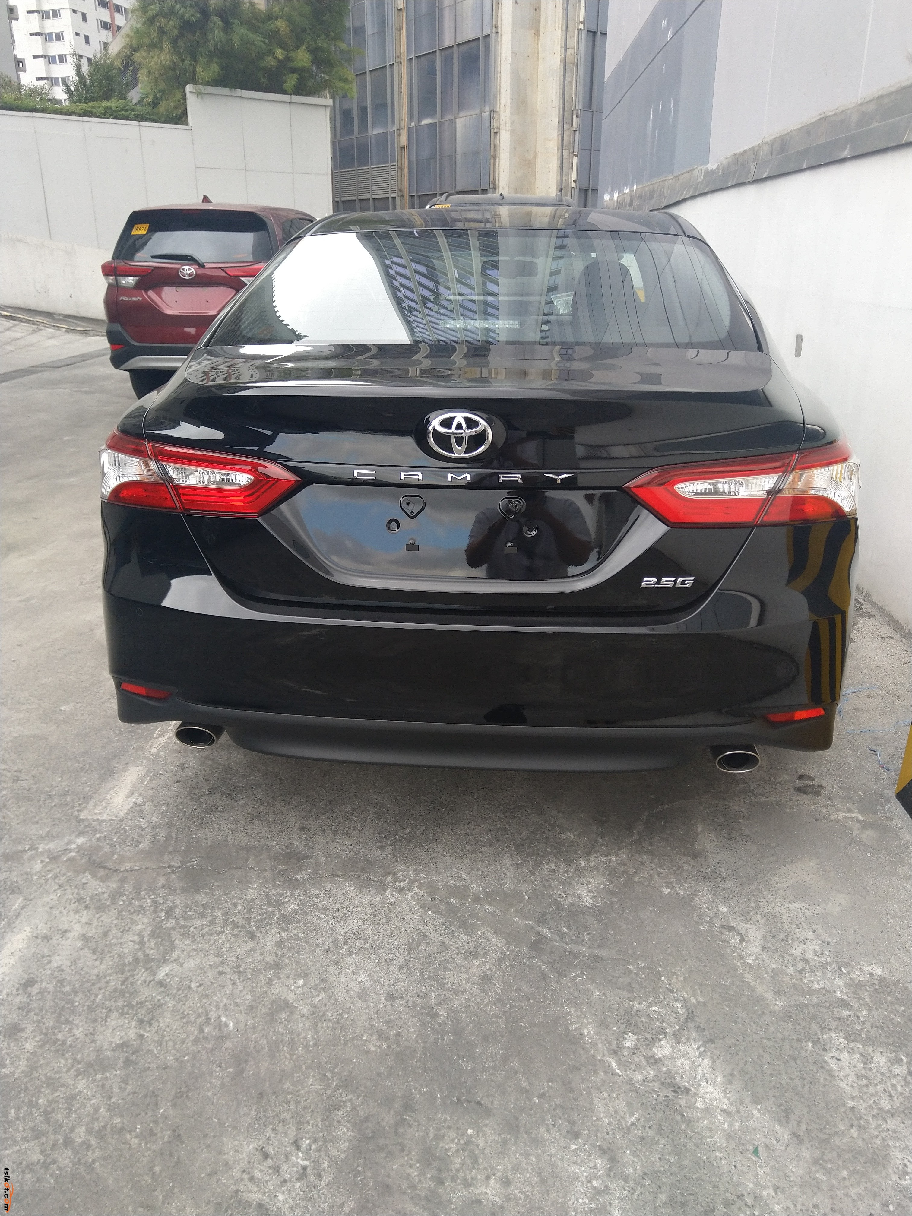 Toyota Camry 2018 - 3