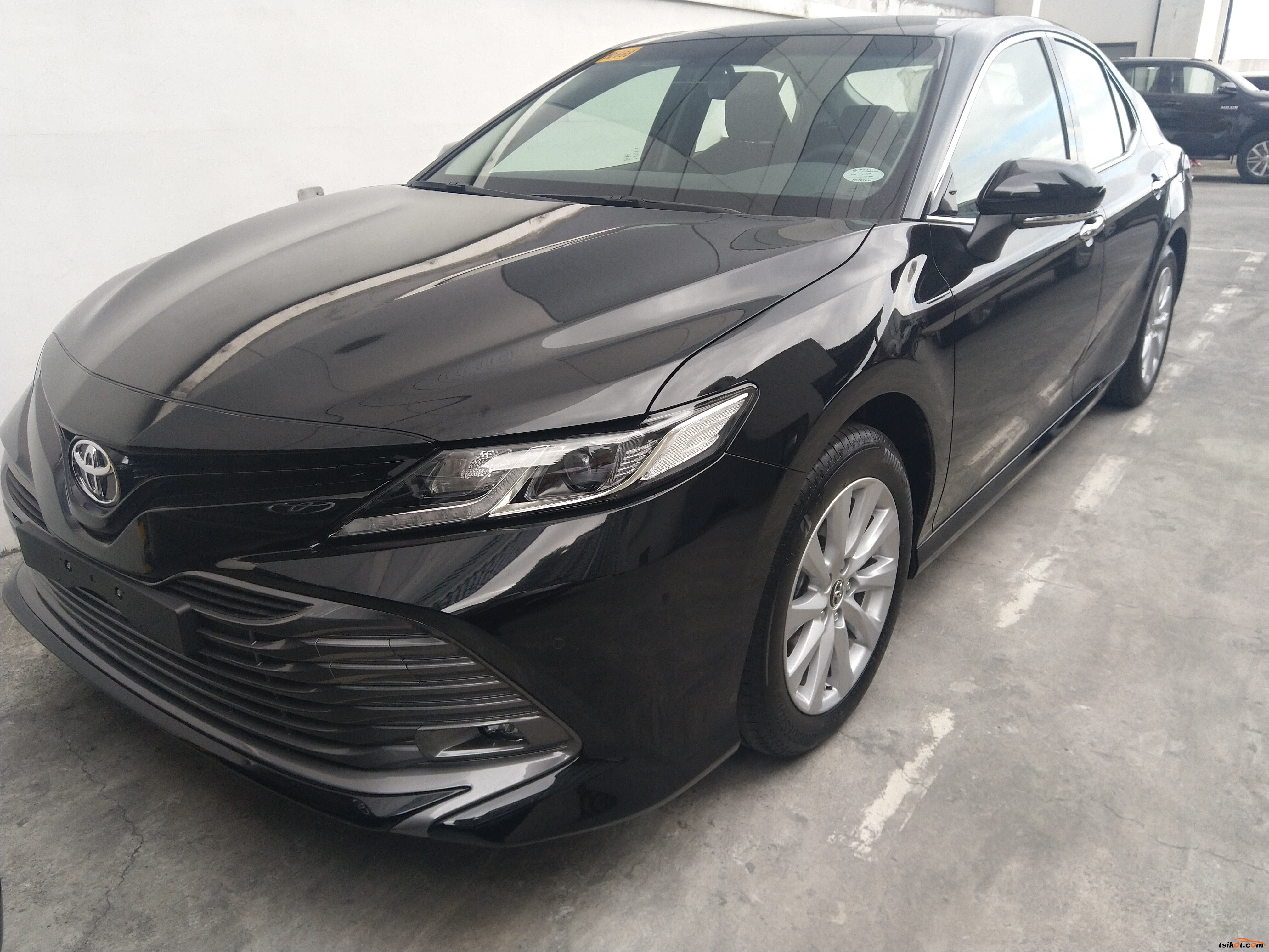 Toyota Camry 2018 - 4