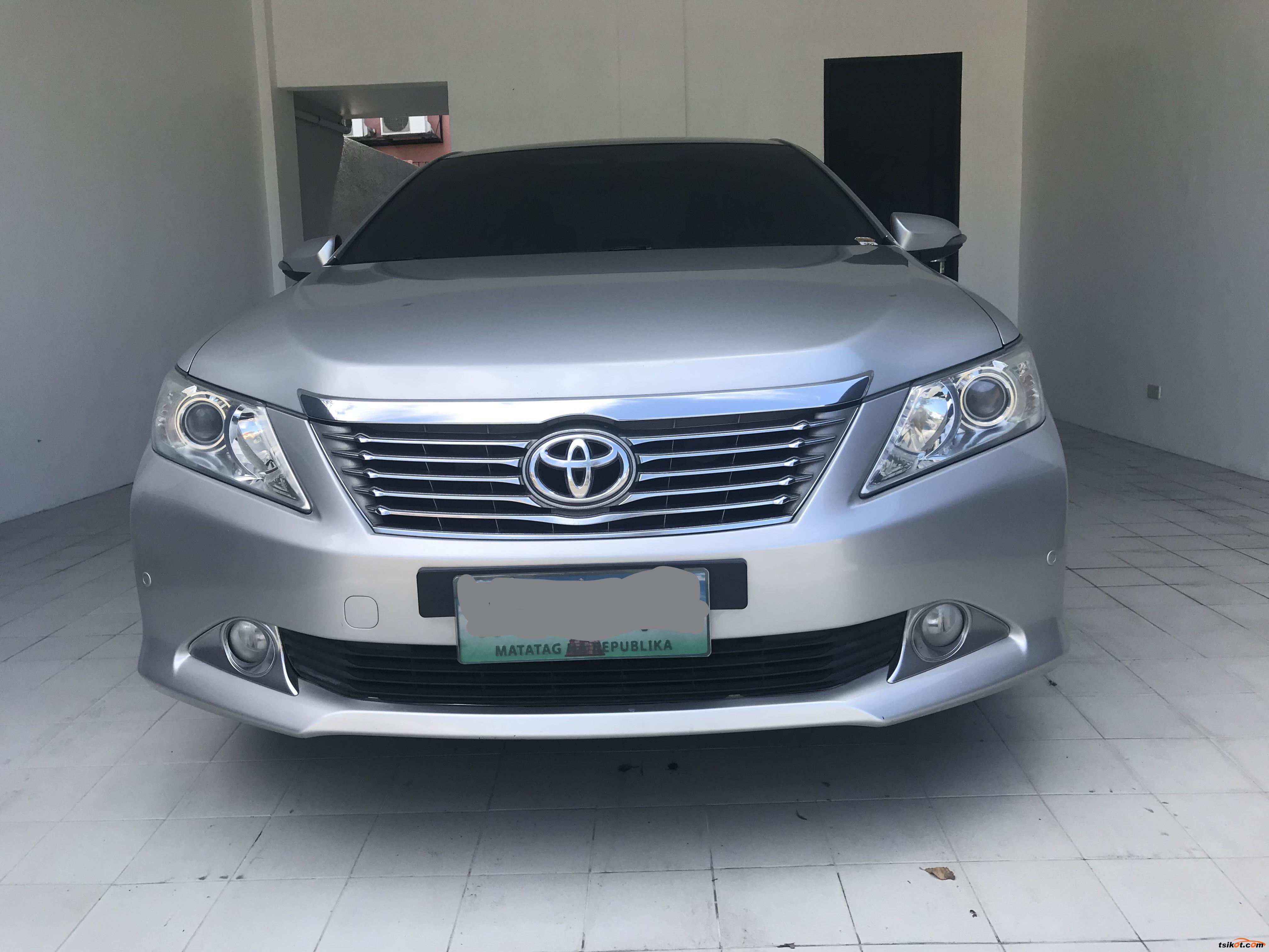 Toyota Camry 2013 - 4