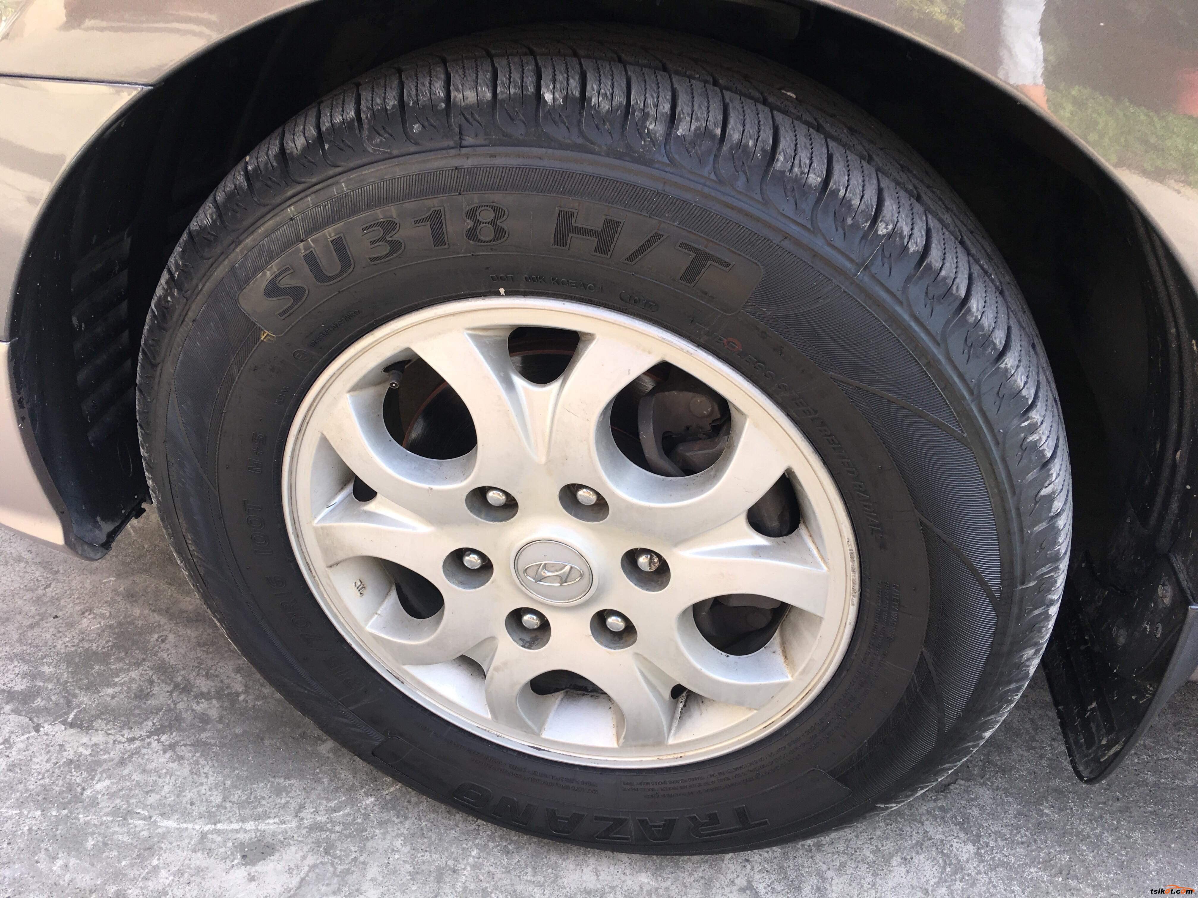 Hyundai G.starex 2012 - 2