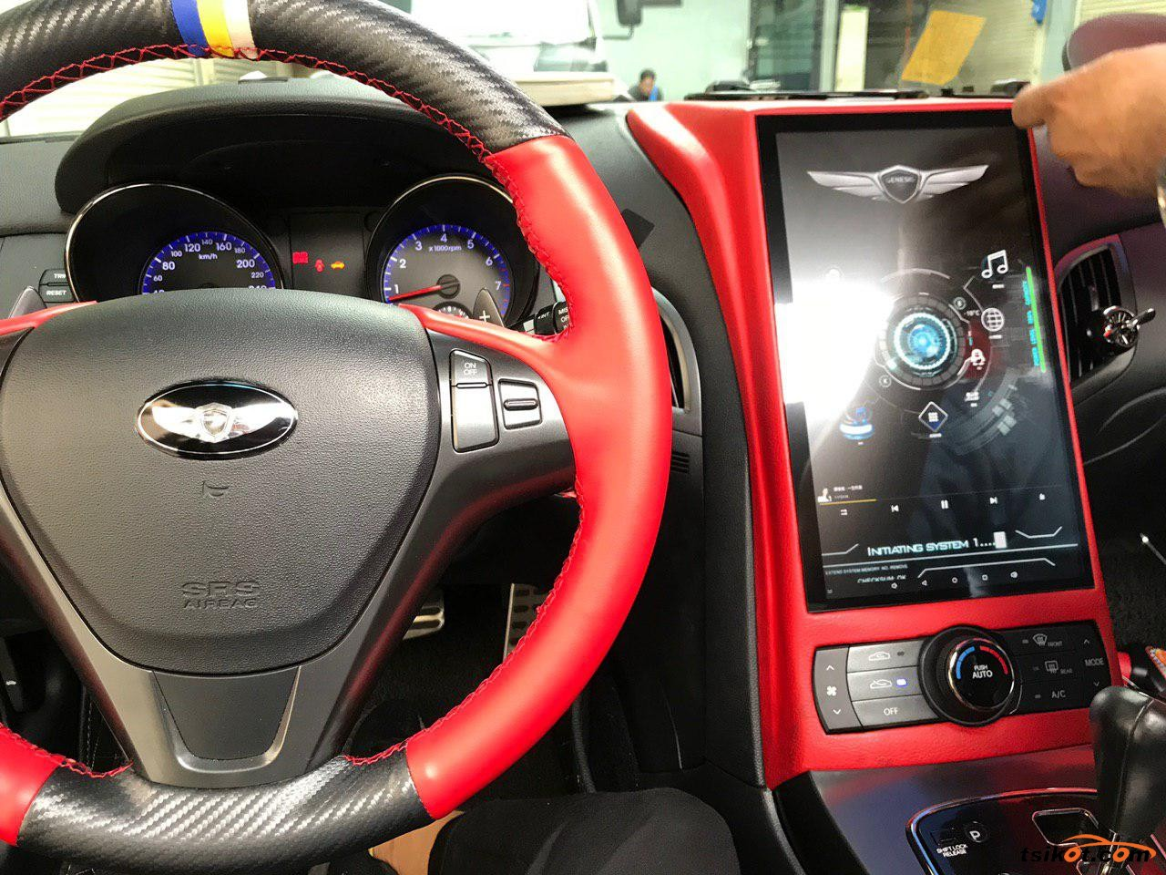 Hyundai Genesis Coupe 2012 - 2
