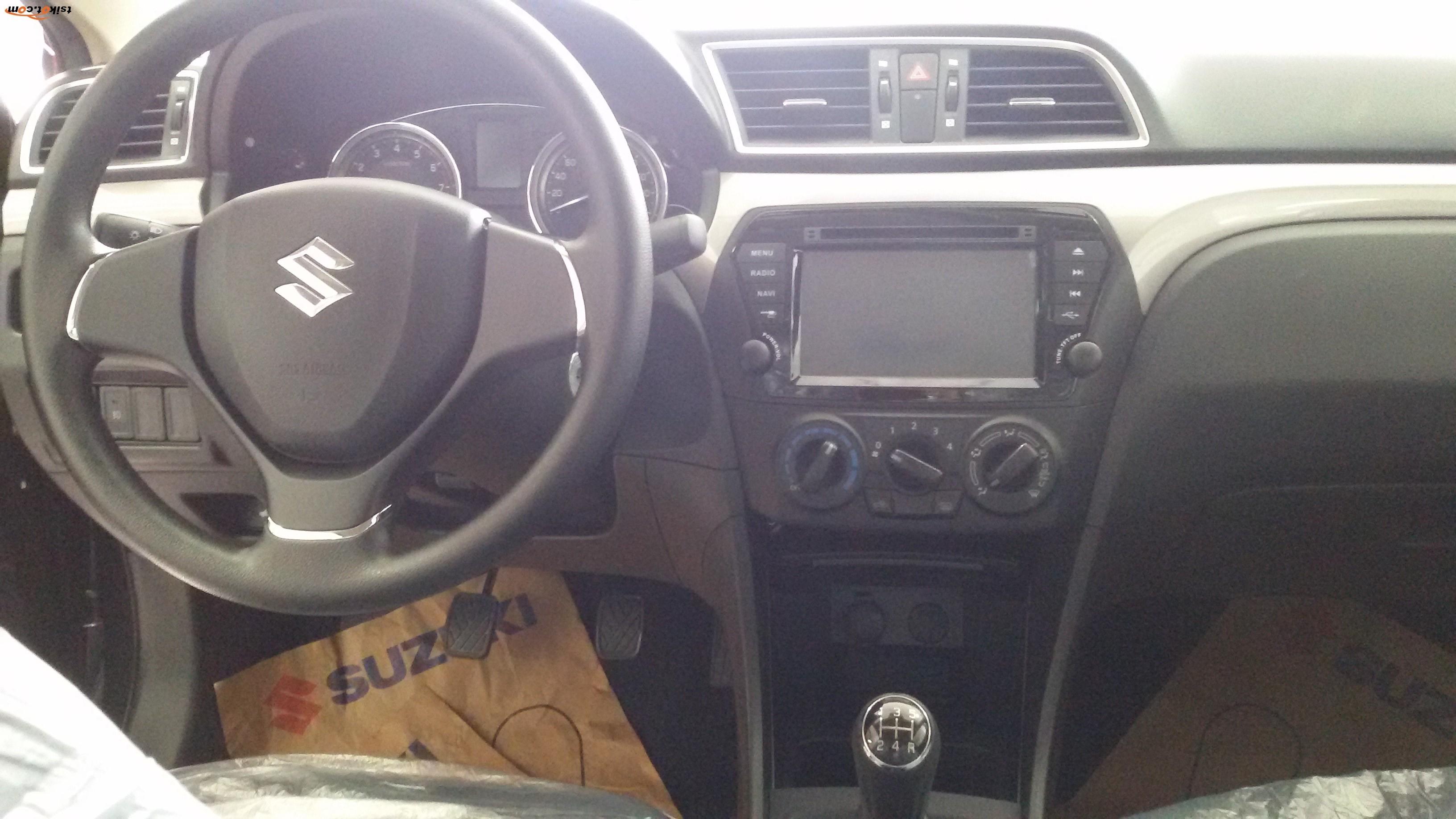 Suzuki Ciaz 2018 - 4