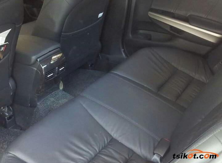 Honda Accord 2011 - 5