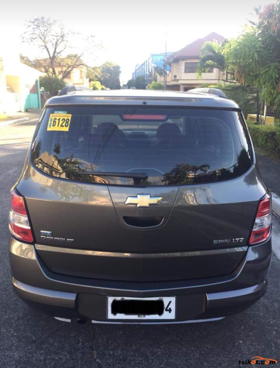 Chevrolet Spin 2014 - 10