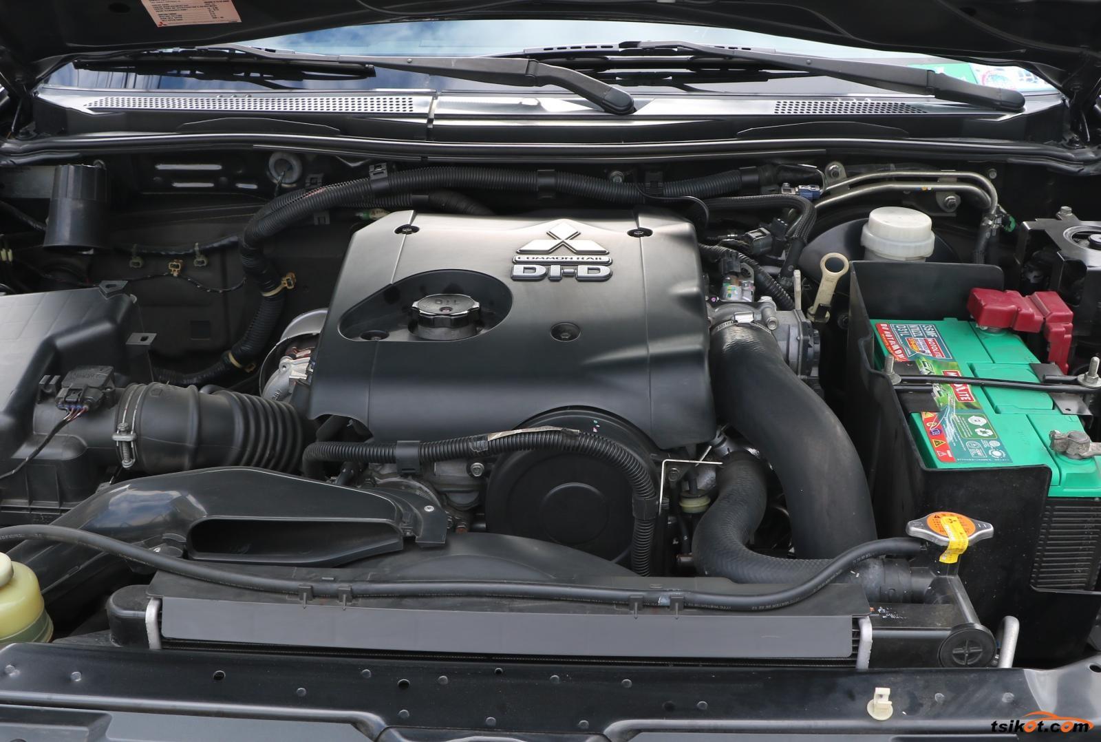 Mitsubishi Montero 2012 - 1
