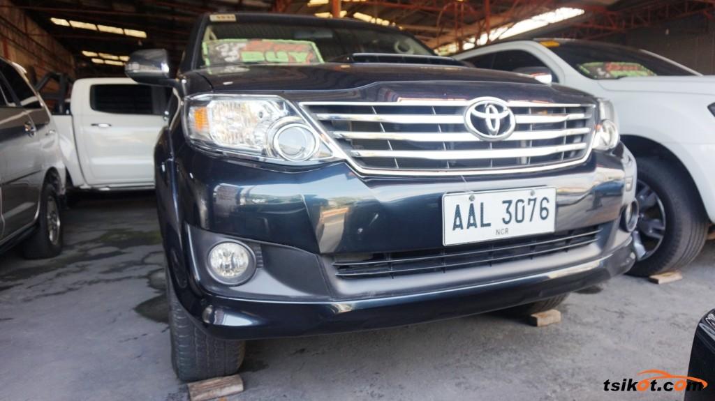 Toyota Fortuner 2014 - 2