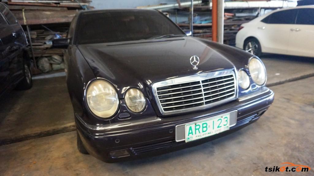 Mercedes-Benz 230 1997 - 1