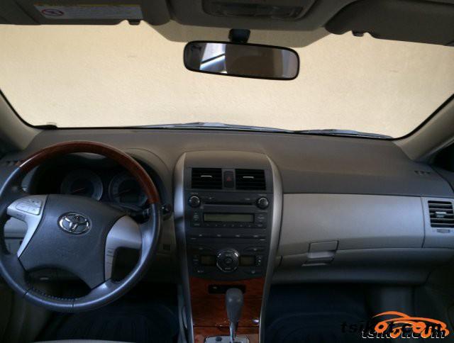Toyota Corolla 2010 - 2