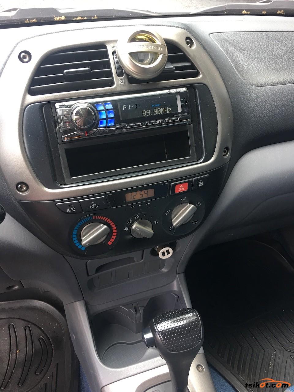 Toyota Rav4 2003 - 7