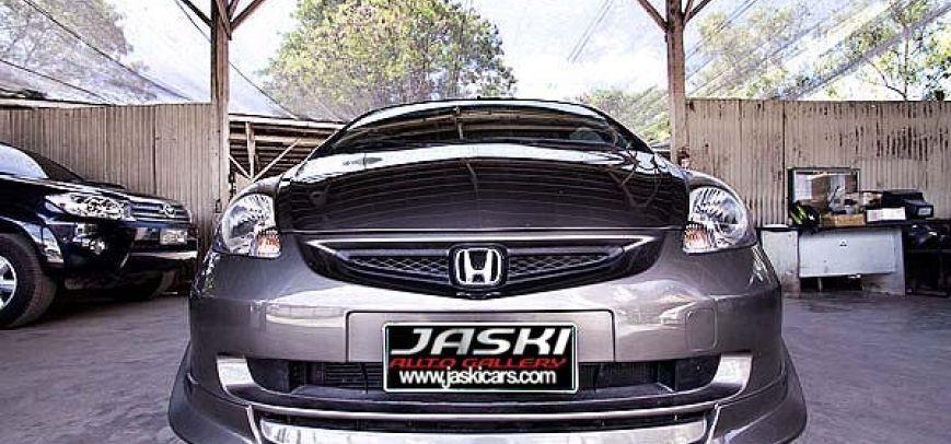 Honda Fit 2003 - 6
