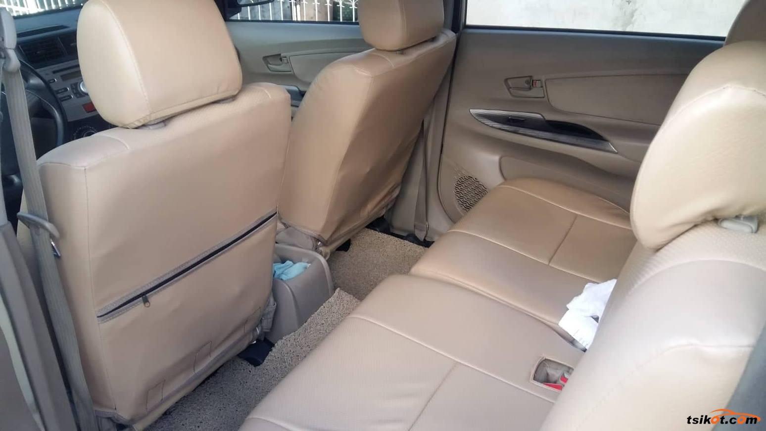 Toyota Avanza 2013 - 1