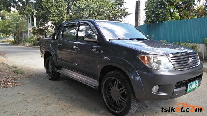 Toyota Hilux 2007 - 1