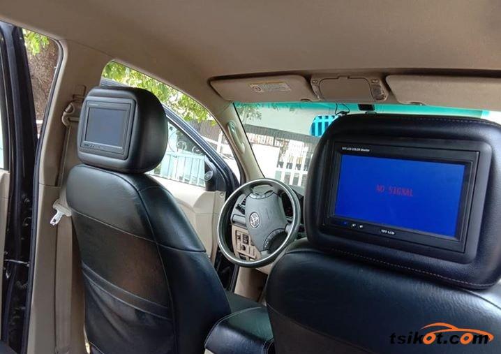 Toyota Hilux 2010 - 4