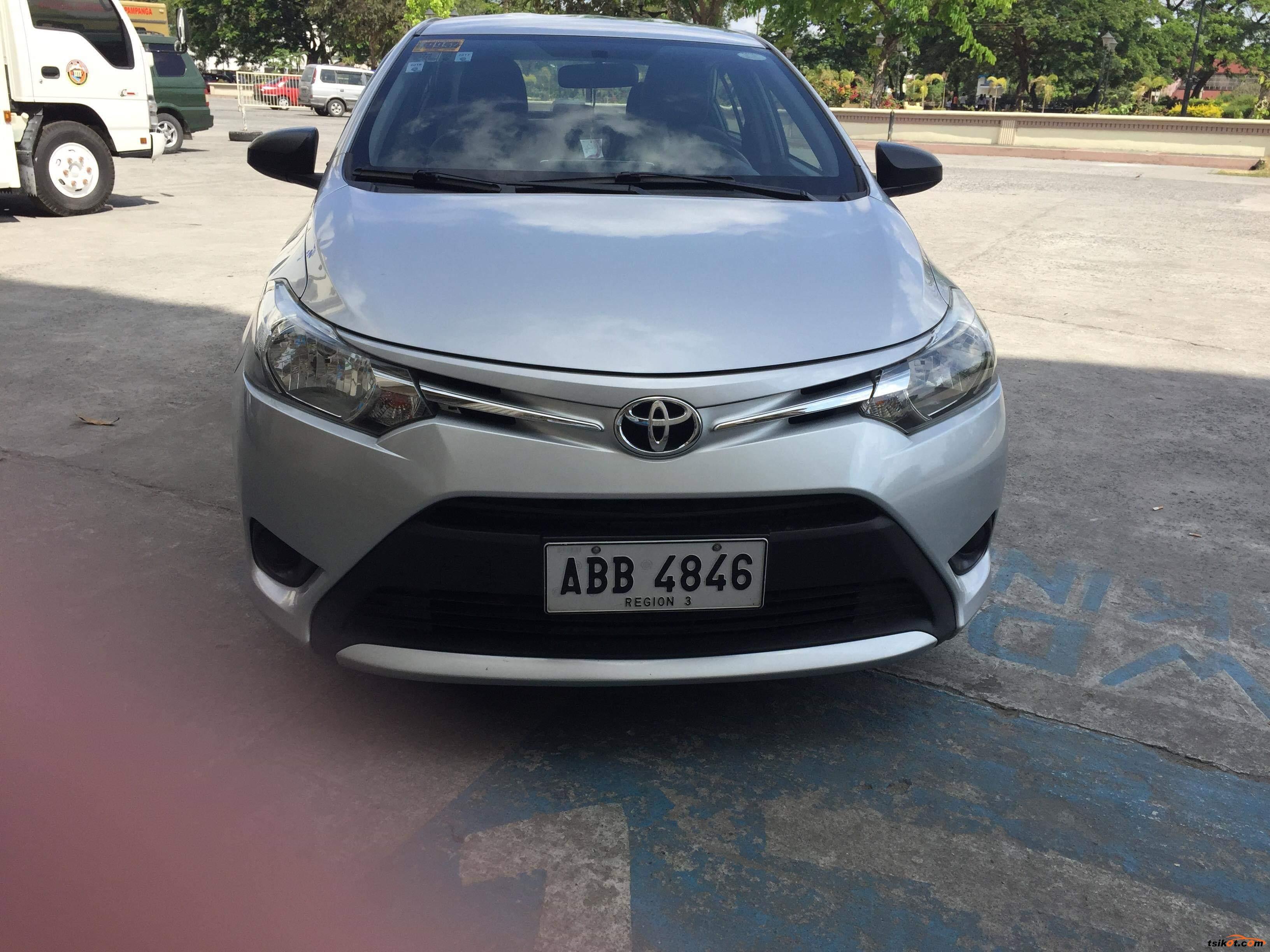 Toyota Vios 2015 - 9