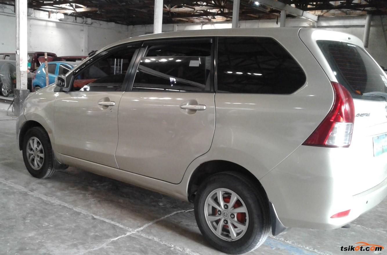 Toyota Avanza 2013 - 3