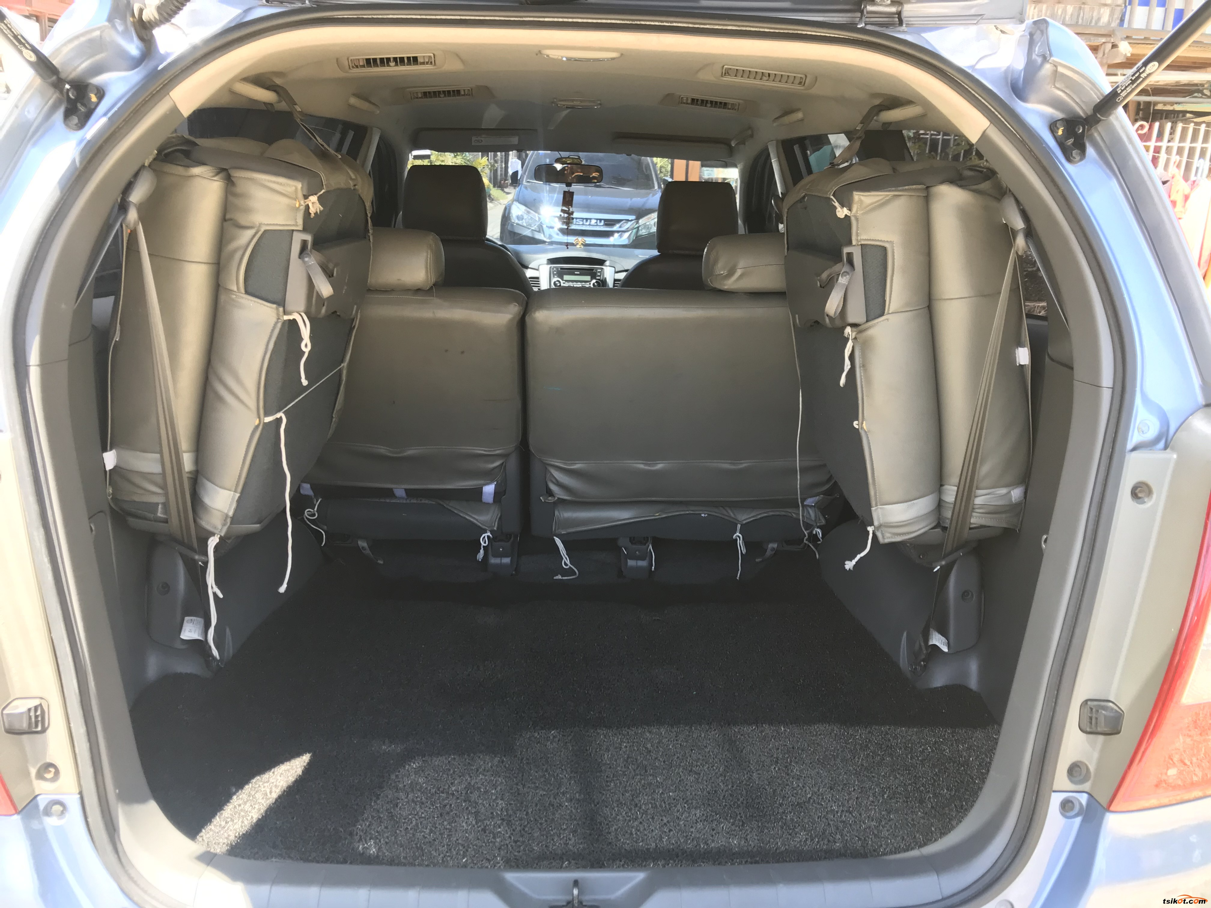 Toyota Innova 2014 - 10