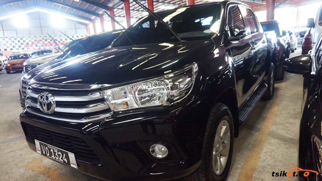 Toyota Hilux 2017 - 1