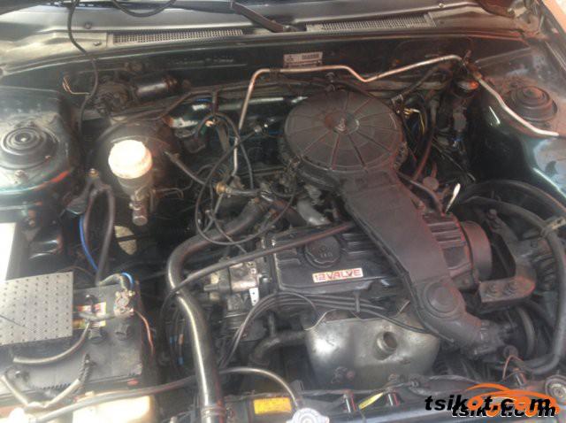 Mitsubishi Lancer 1991 - 5