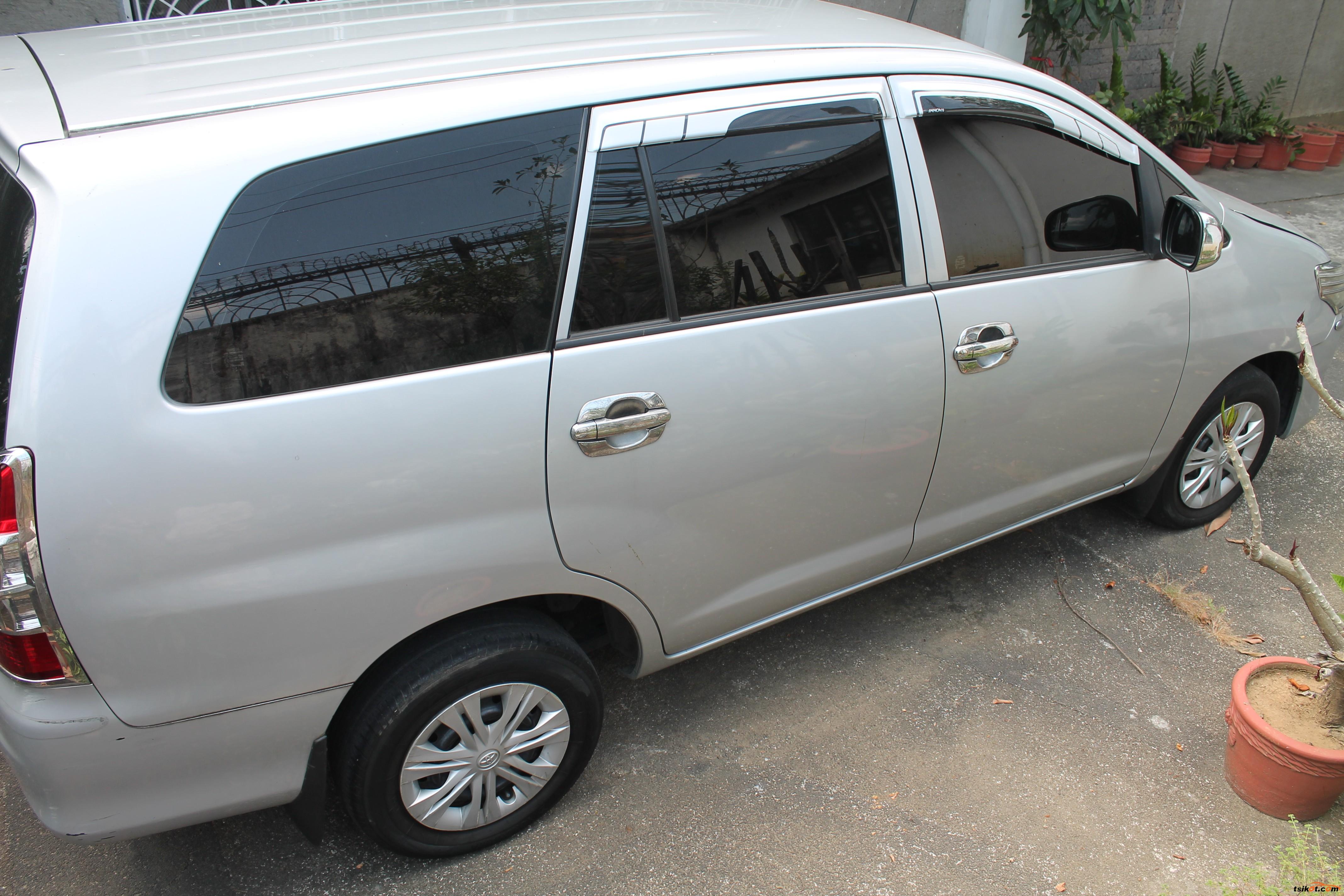 Toyota Innova 2016 - 5