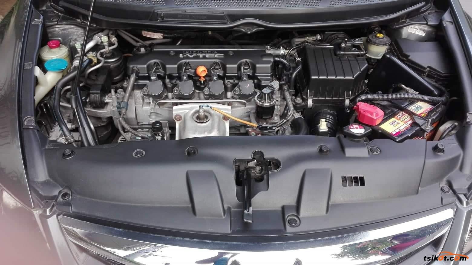 Honda Civic 2010 - 5