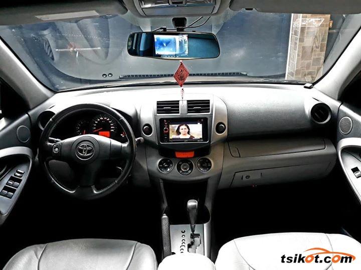 Toyota Rav4 2006 - 2