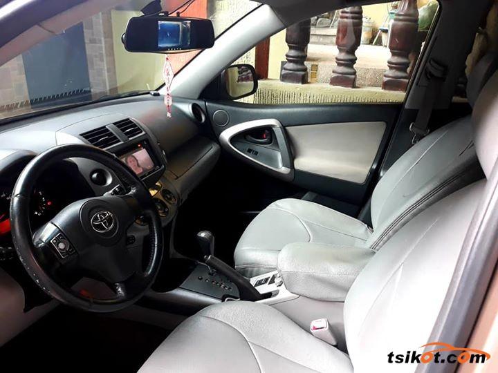 Toyota Rav4 2006 - 3