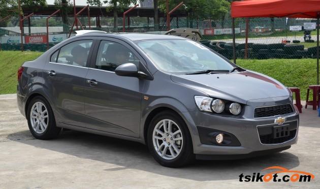 Chevrolet Sonic 2013 - 3